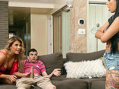 Brazzers HD: Immigrant Sexchange near Gina Valentina and Mercedes Carrera