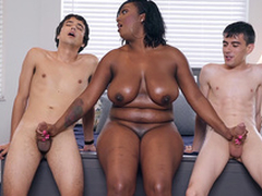 Ebony Milf Layton Benton gives a double handjob to Jordi El Nino Polla and Ricky Spanish