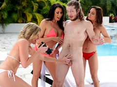Getting Milf Handled -  Cory Chase & Diamond Foxxx In burnish apply porn instalment