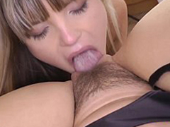 Brit milf fingered by schoolgirl down unvarying