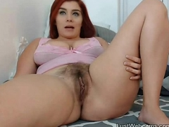 Hairy newborn raillery on cam